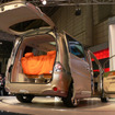 【東京オートサロン06】ケータイ世代へ…ステップワゴン×ファイナル ホーム