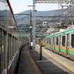 特急「踊り子」が走る東海道線(根府川付近)