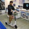 ジェイディジャパンが5月から販売予定の電動キックボード「シティバグ」