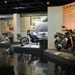 コミュニケーションプラザで「ビックバイクコレクション第二集」~個性派モデル7台を展示