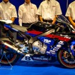 新型YZF-R1(YAMALUBE RACING TEAM)