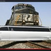 米国インディアナ州で起きたリムジンと列車の衝突事故