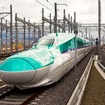 北海道新幹線の試験運行はこれまで深夜帯にのみ行われていたが、来年1月1日は日中も行われる予定だ。