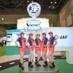 5人の久留間まもりが迎えてくれるJAFブース(東京モーターショー15)