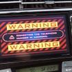 ドライバーの異常を検知すると登録先へ自動通報する(アイシン精機の自動運転デモ)