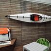 アメリカの建築家が考案し、製品化された折り畳めるカヤック『Oru Kayak』