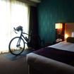 メルキュールホテル沖縄那覇は、スポーツサイクル専門店「Y's Road」とコラボし、「サイクリストルーム」(11部屋限定)も設置