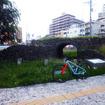 与那原線の真玉橋(まんだんばし)駅跡地付近にある「戦前の真玉橋遺構」