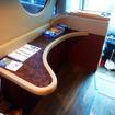 フェラーリやランボルギーニを手がけた石井明氏のデザインによる「SASEBOクルーズバス『海風』」