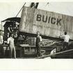 1924年 ビュイックの陸揚げ