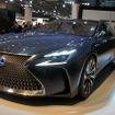 トヨタ「ミライ」は前輪駆動だが、LF-FCは前輪にインホイールモーター、後輪に大出力モーターを採用したAWDとなる。