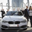 BMWの独ミュンヘンのBMWヴェルトでの新車の引き渡しが累計15万台に到達