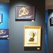 伊勢丹メンズ館8階チャーリーヴァイスでは、吉川壽一の作品を展示販売する