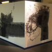 伊勢丹メンズ館3階では、柿沼康二による個展「ONE」を開催