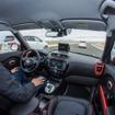 キアソウルEVの自動運転車