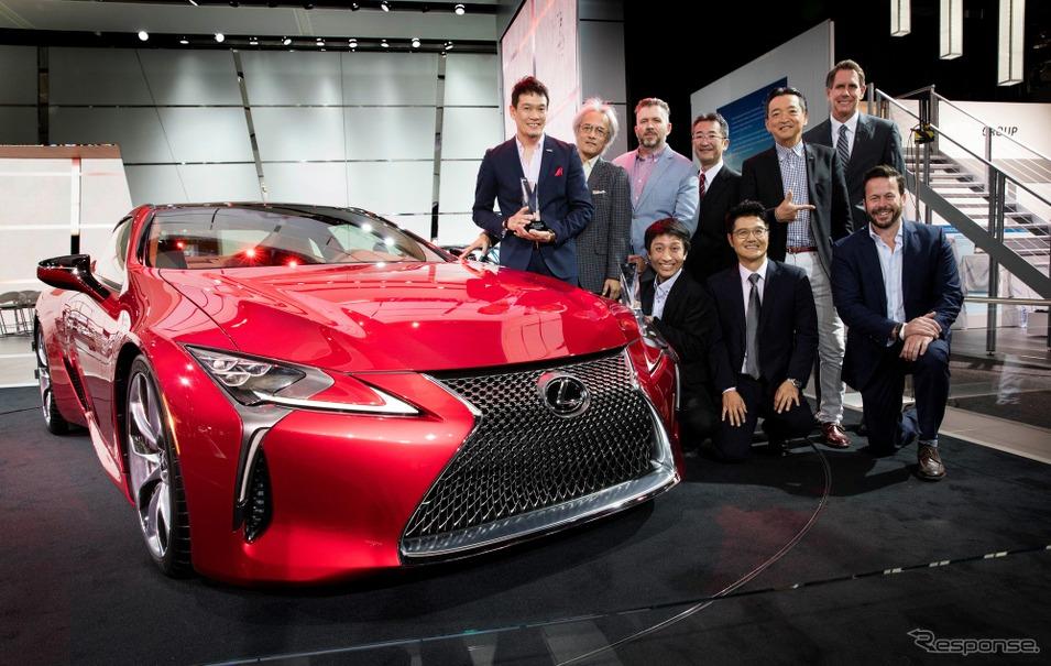 Eyes ON Design Awardsの市販乗用車とインテリアの2部門で最優秀デザイン賞に輝いたレクサスLC500