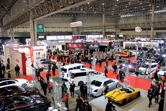 カスタムカーの祭典『東京オートサロン』に出現した、怒濤のオーディオカーをCheck!