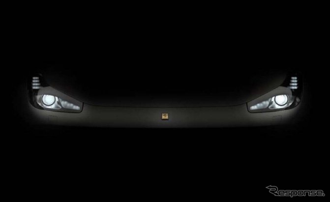 フェラーリ FF の大幅改良車の予告イメージ