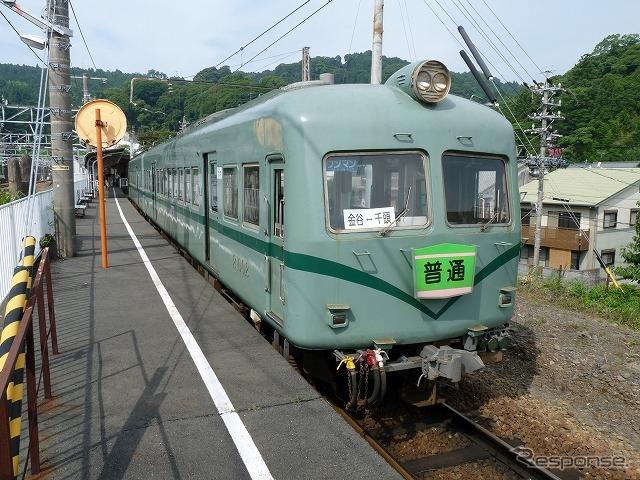 大井川鐵道は3月のダイヤ改正で昼間に普通列車を1往復増やす。写真は普通列車で運用されている旧南海車の21001系電車。