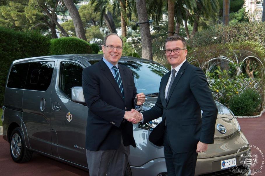 日産が2台のe-NV200をモナコ宮殿に納車