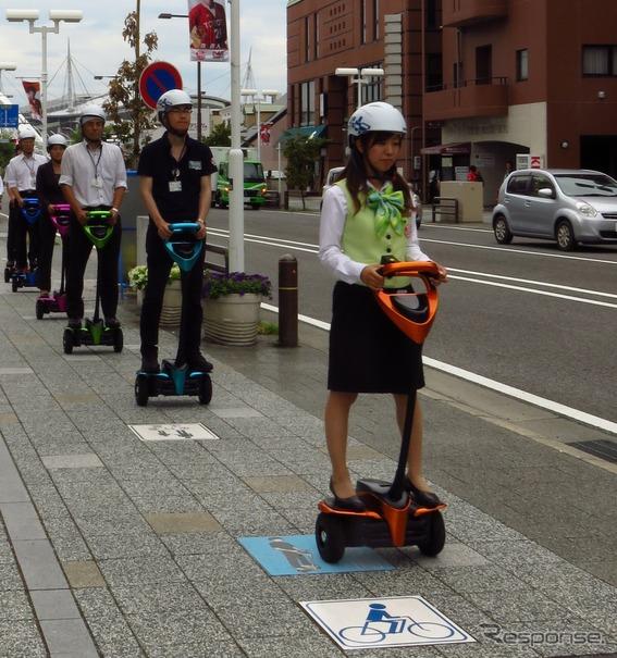 豊田市での公道走行実証実験の様子