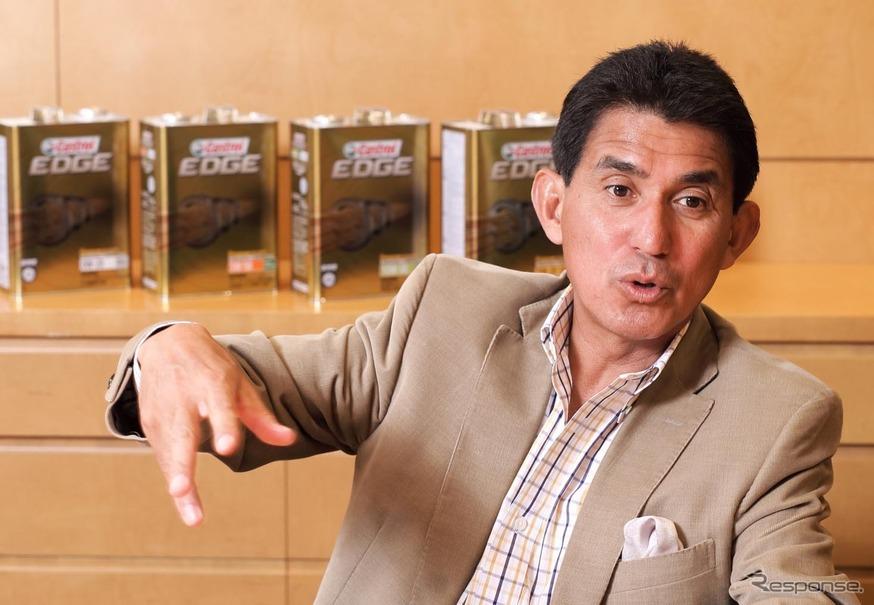 「AUTOBACS RACING TEAM AGURI」を率いる鈴木亜久里氏