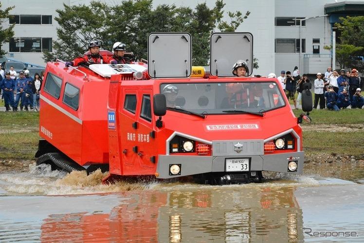 水深1.2メートルまでならクローラー走行できる