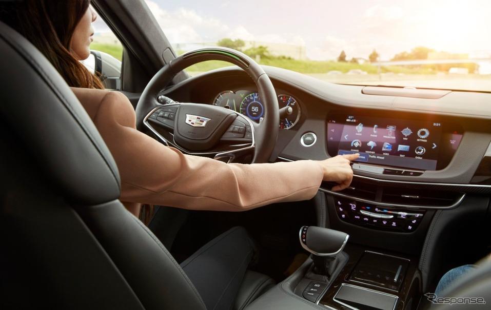 キャデラック 部分自動運転技術を全車に搭載へ gmの他ブランドにも