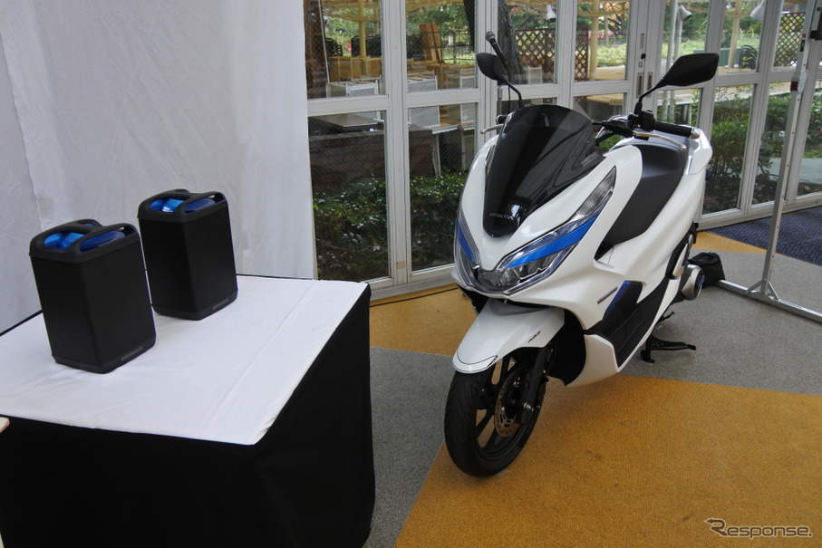 ホンダ PCX ELECTRIC