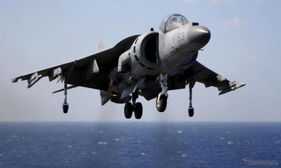 アメリカ海兵隊、AV-8B ハリアー...