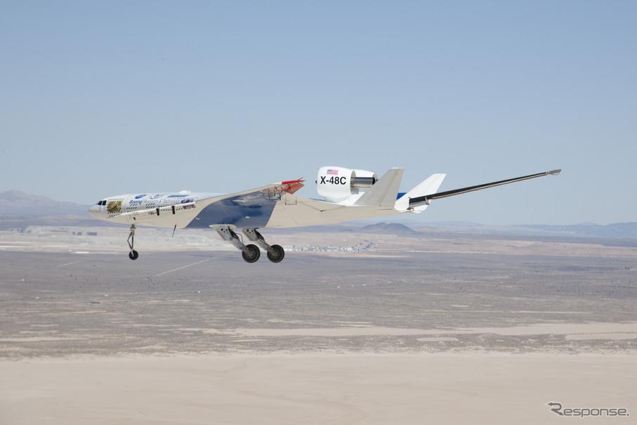 ボーイング、X-48Cリサーチ用航...