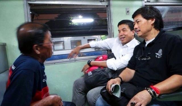 タイの運輸大臣、3等列車14時間...