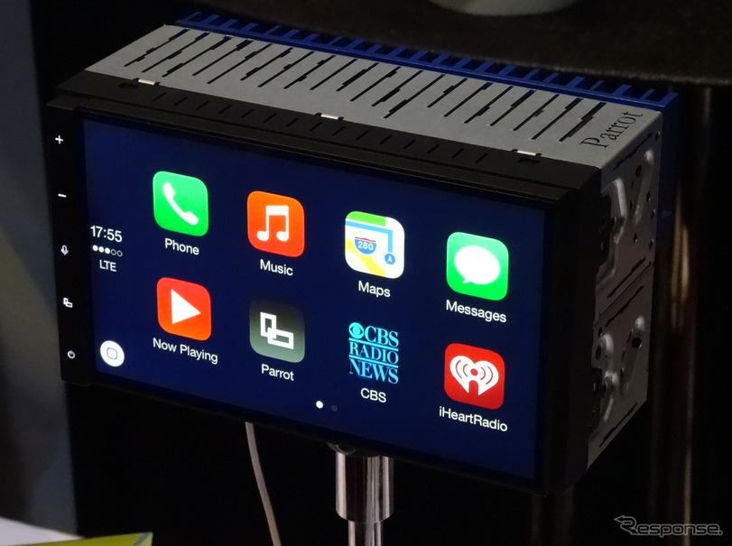 【CES15】Parrot、CarPlayとAndroid autoに両対応したAndroid車載器「RNB6」を公開
