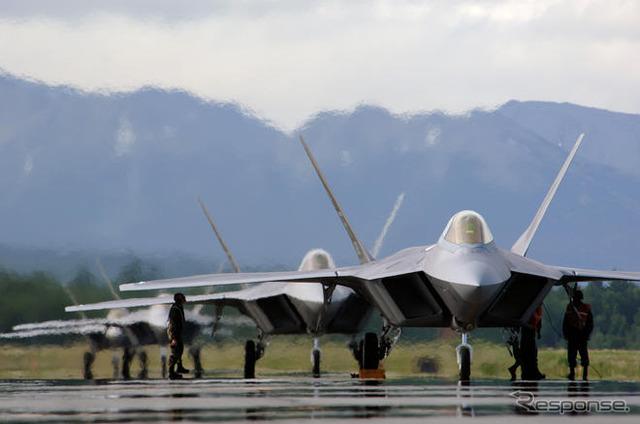 F 22 (戦闘機)の画像 p1_16