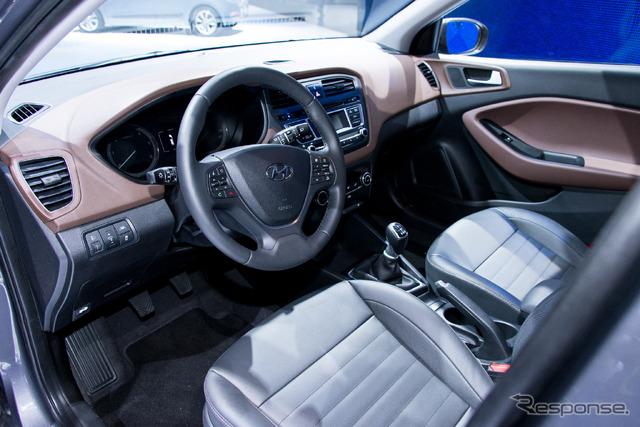 ヒュンダイ 新型コンパクトカー「i20」発表 日本車とは全く違う、洗練されたデザインと内装