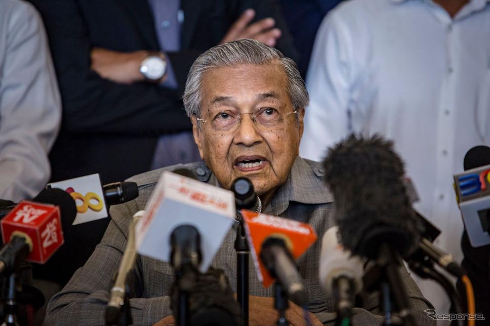 92歳で大統領再選を果たしたマレーシアのマハティール首相