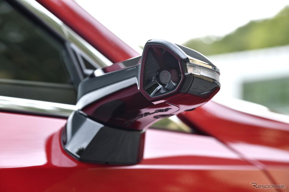 レクサス ES 新型が世界初採用するデジタルアウターミラー