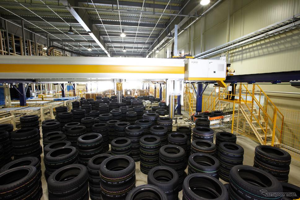 【PR】良いタイヤとは何か…そしてネクセンタイヤとは何者なのか!? 出荷を待つ新品タイヤ
