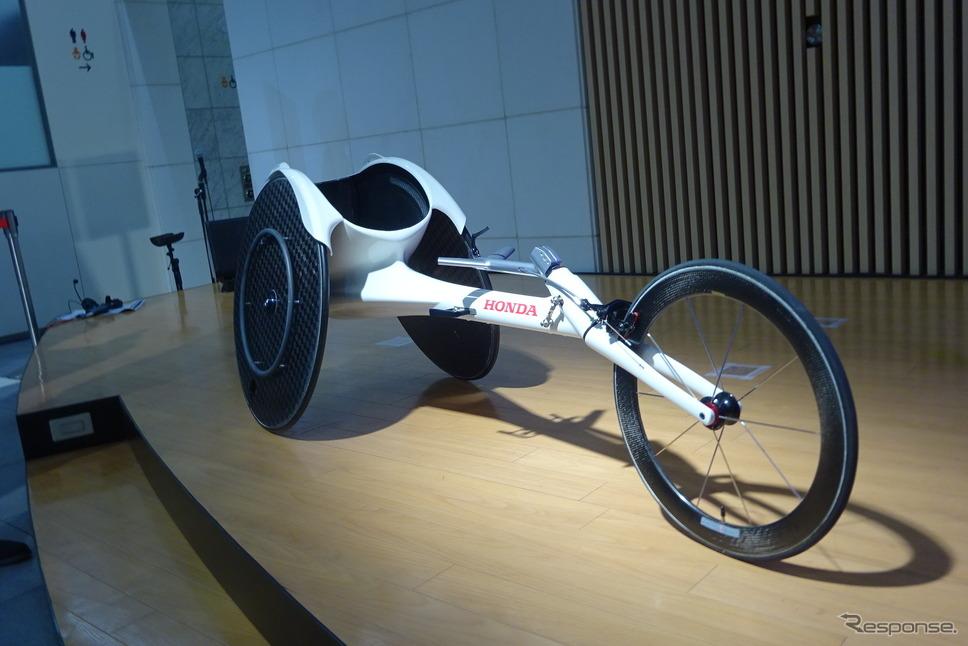 ホンダ 車いす陸上競技用の新型レーサー『翔』