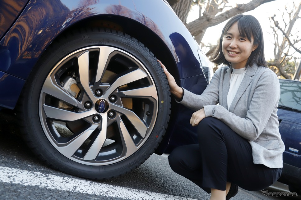 Vector 4seasons Hybrid(ベクター フォーシーズンズ)と伊藤 梓 氏