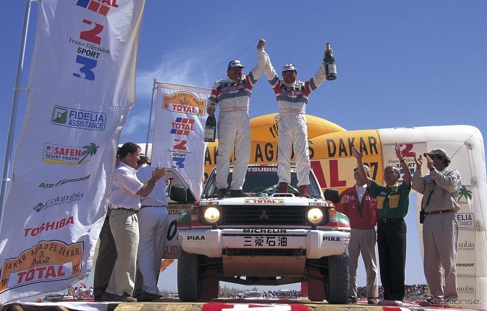 三菱パジェロ、パリダカ仕様。1997年、篠塚建次郎が総合優勝。