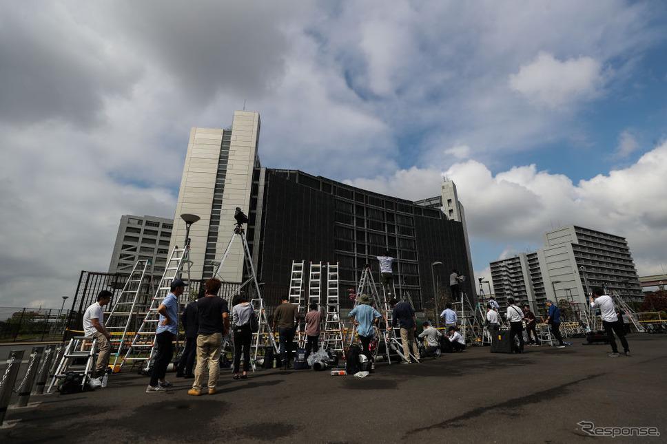 東京拘置所の取材陣(4月25日) (c) Getty Images