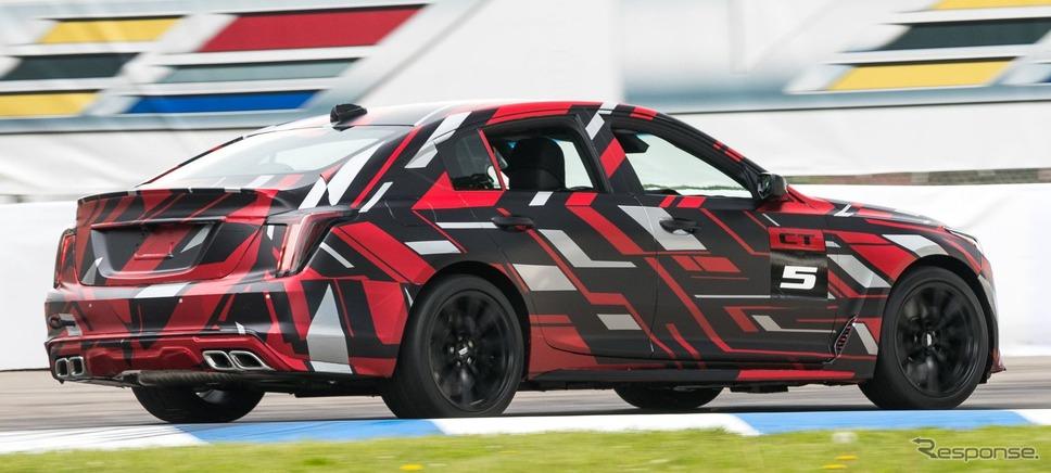 キャデラック CT5-V のさらなる高性能モデルの開発プロトタイプ車
