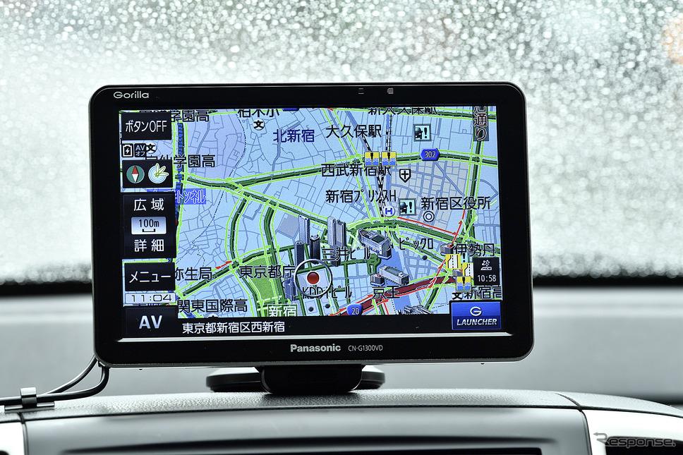都内の複雑な地図にVICS情報が合わせて表示されても見やすさがしっかりと確保されている