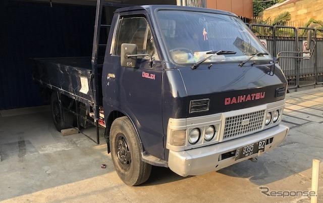 インドネシア・ジャカルタで撮影したダイハツデルタ 2代目