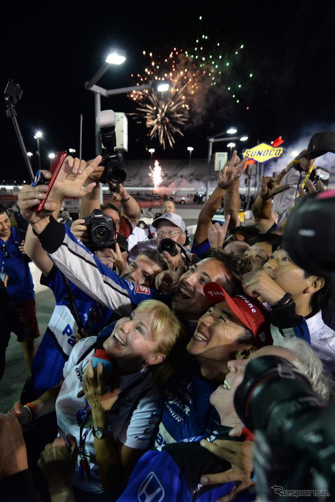 佐藤琢磨、INDYCARシリーズで優勝
