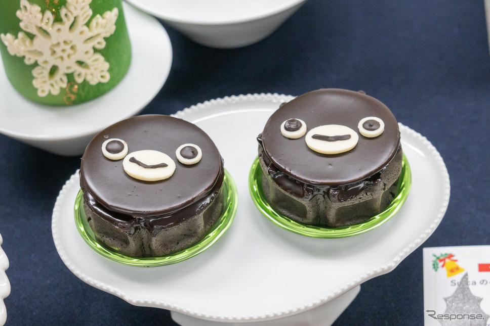 Suicaのペンギンワッフルケーキ / ショップ名:ワッフル・ケーキの店 エール・エル / 価格:540円(税込み)※限定100個、グランスタ限定商品
