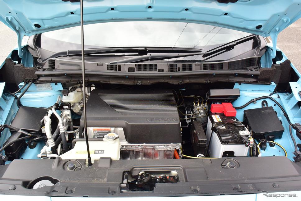 日産 リーフe+のエンジンベイ…と言っても入っているのはモーターやパワーコントロールユニットだが、小型のエンジンなら収められそうな気もした。