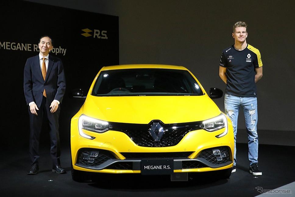 ルノー・ジャポン 代表取締役社長 大極 司氏(左)とルノーF1ドライバー ニコ・ヒュルケンベルグ氏(右)