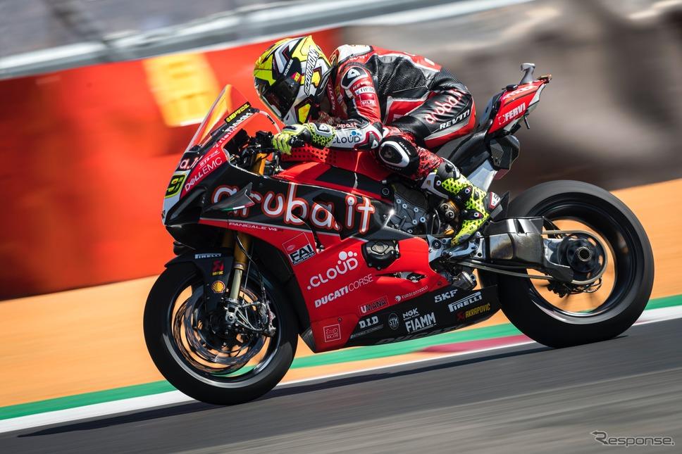 スーパーバイク選手権では開幕から12連勝したドゥカティチーム